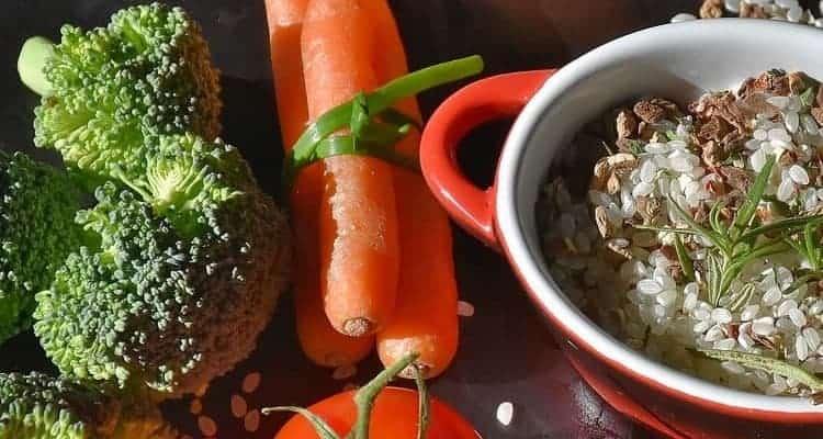 Karotten, Brokkoli und Reis
