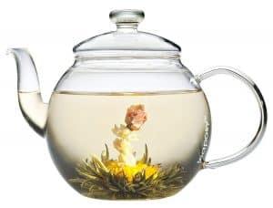 Glasstekannen sind besonders für Teeblumen geeignet
